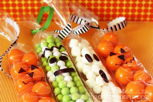 Resultados de la Búsqueda de imágenes de Google de http://blog.thecelebrationshoppe.com/wp-content/uploads/2011/10/The-Celebration-Shoppe-Cello-Bag-Halloween-Monsters-sm-wl.jpg