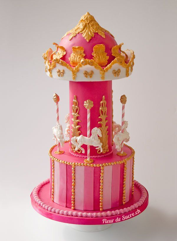 Pink-Gold-Carousel-Cake-Baby-Shower - I had the honour to cut the upper half of the cake last weekend :-) (very tasty and so beautiful, I first was not sure if it was really a cake)