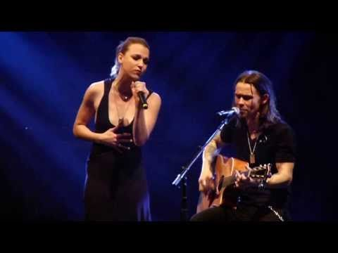 Watch Over You - Alter Bridge ft. Lzzy Hale Manchester Arena 22/10/2013 HD - YouTube