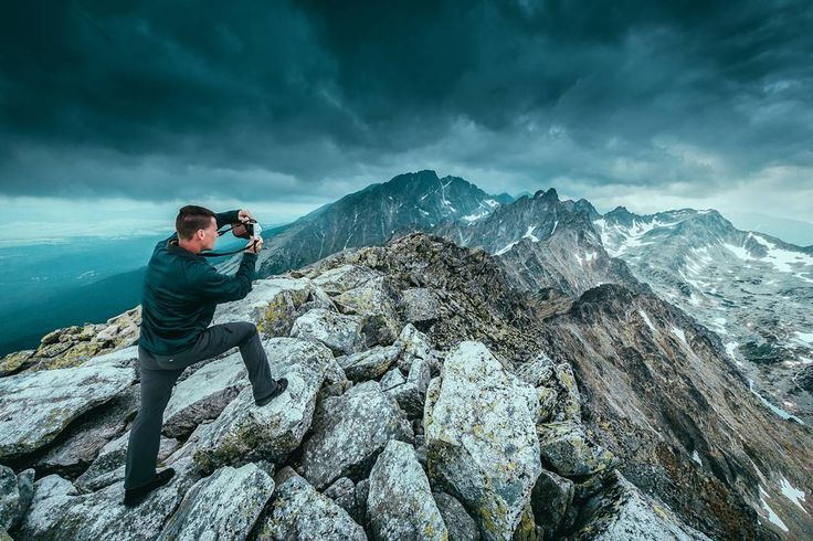 Opuštěný #waiting #for #rain #raining #cloud #clouds #cloudyday #vsco #mountains #slovakia #explore #hiking #expose #cloudy #cloudysky #nature #lovenature #top #summit #slavkovskystit #tatry #tatras #slovensko #from #ostrava #ostravacity #janjasiok