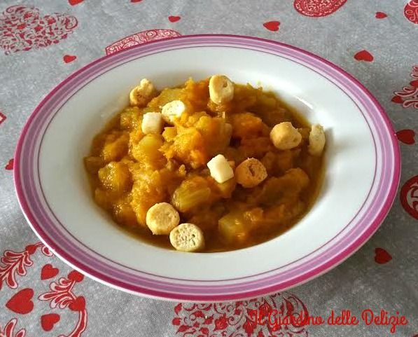 Zuppa+con+sedano+porro+e+zucca