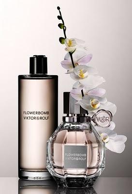 Flowerbomb (Viktor and Rolf) - Sambac Jasmine, Centifolia Rose, Cattleya Orchid, Ballerina Freesia, Patchouli.