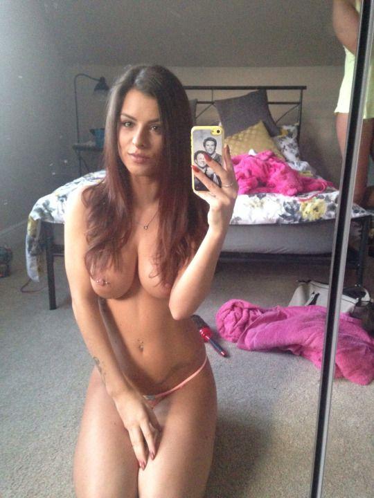 hottest nude uk sluts