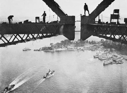 16 November - 10 December 2016 - - - The Sydney Harbour Bridge was as innovative in its construction methods as it was modern in its design. This is a specially