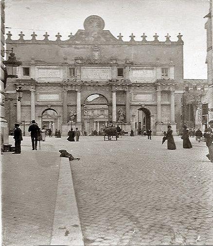 Foto storiche di Roma - Piazzale Flaminio, via Flaminia e Porta del Popolo Anno: 1900 ca.