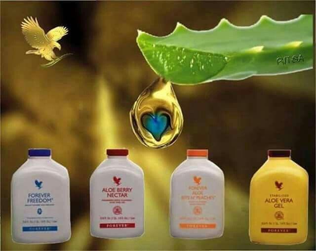 Quale bevanda a base di Aloe Vera è adatta a te? 1) Aloe Vera Gel: depura l'organismo, procura un'azione lenitiva, benessere gola, rigenera la pelle, aiuta la digestione e l'intestino, agevola l'eliminazione delle tossine. 2) Aloe Berry Nectar: drena liquidi corporei, riduce le infiammazioni del tratto uro-genitale, antiossidante, regolarizza il transito intestinale, migliora la microcircolazione e vista. 3) Aloe Bits N'Peaches: mantiene la normale funzione del sistema immunitario