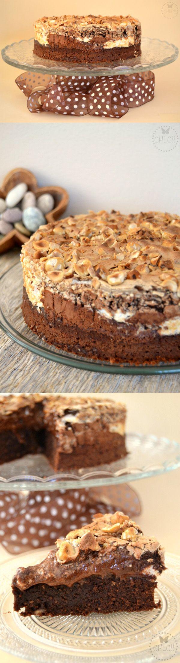 Pastel de chocolate, merengue y avellanas / http://www.comohepuestolacocina.es/