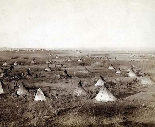 A Sioux Village -- visit website at  http://www.sonofthesouth.net/union-generals/sioux-indians/sioux-indians.htm