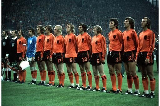 Holland Football Team from the seventies