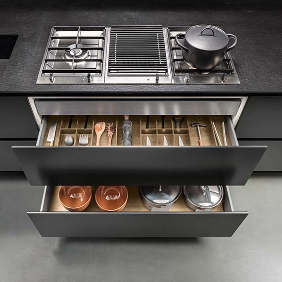 Italian Modern Design Kitchens - Emetrica by Ernestomeda