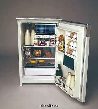 1970's fridge, with real milk bottles