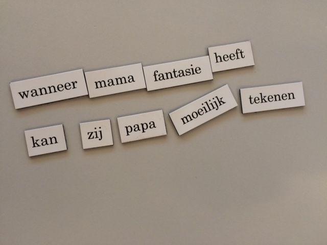Koelkastpoëzie. Deze tip is van Schoolschrijver Derk Visser: Laat kinderen kleine gedichten maken van magneten met woorden en letters. Leuk voor op de koelkast! Wil je de gedichtjes wat langer bewaren? Maak er dan met de kinderen een mooie poster van... Lees verder op de website van De Schoolschrijver!