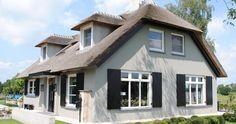 Dit huis heeft wel het meeste weg van wat wij willen qua kleurencombinatie en stijl...