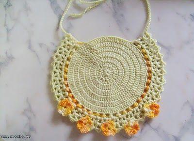 CROCHET: Bib crochet for baby