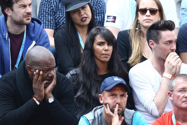 Shy'm première supportrice de Benoît Paire Shy'm, girlfriend of Benoit Paire, and his father attend the Men's Singles second round match of Benoit Paire against Teymuraz Gabashvili of Russia on day four of the 2016 French Open at Roland Garros on May 25, 2016 in Paris, France. Photo by ABACAPRESS.COM | 548531_020 Paris France