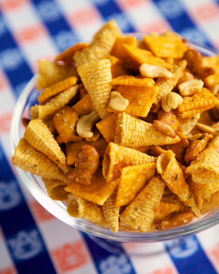 Buffalo Ranch Snack Mix - this stuff is HIGHLY addictive!