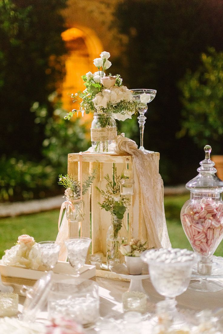 delicate candy buffet