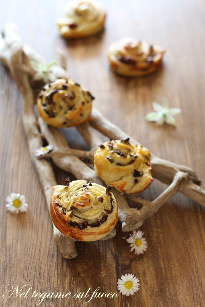 velocissime e golose con soli 3 ingredienti!  #ciocolove #sfoglia #ricetta