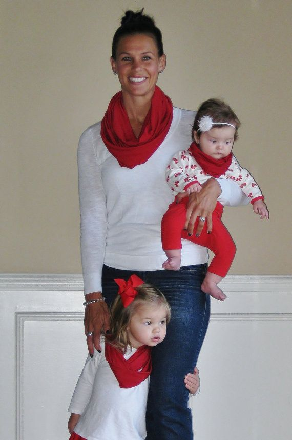 MotherDaughters Infinity Scarf Set for a holiday look Mother Mother Mother And Daughter Scarf Sets