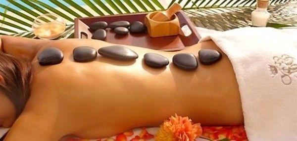 También llamado Stone Massage, es un masaje con piedras calientes. Terapia oriental milenaria que cuenta con muchos beneficios tanto para  salud física y psíquica.  http://www.akashamexico.com/diplomados-y-cursos/diplomado-en-masaje
