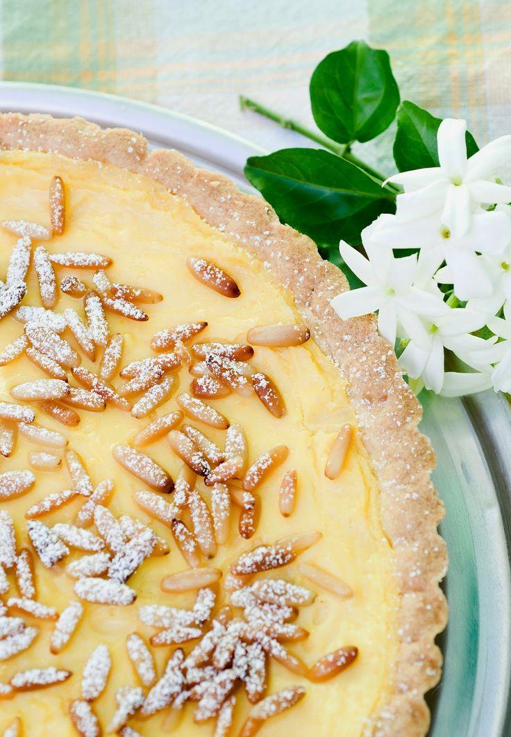 Glassa rosa, souvenir e foto: Crostata di pinoli e crema al limone di Jamie*