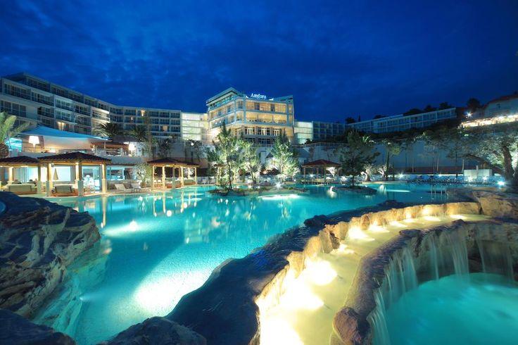 Booking.com: Amfora Hvar Grand Beach Resort , Hvar, Croatia  - 1211 Guest reviews . Book your hotel now!
