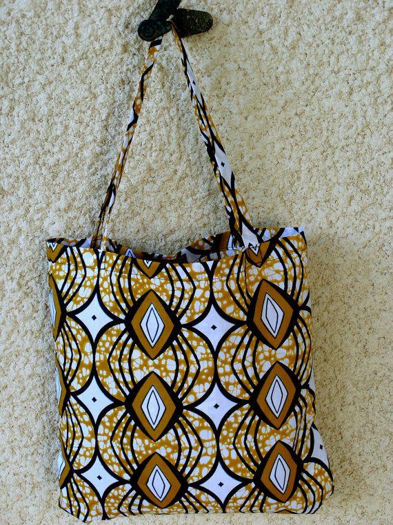 WoKaba 3 un sac fourre tout en wax tissu de par AmelieMagalieDesign http://www.alittlemarket.com/boutique/amelie_et_magalie_design-1568961.html