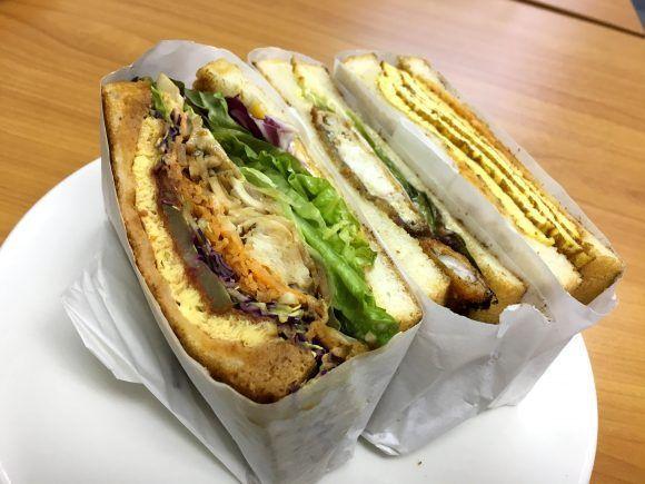 サンドイッチに蟹が1匹丸ごとドーン! 表参道『トーストサンドイッチバンブー』がファビュラスすぎる!! | ロケットニュース24