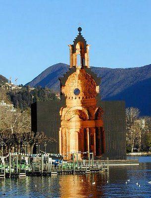 San Carlo Alle Quattro Fontane: Un coloso de madera. Llamado San Catalino, el modelo de Botta, el proyecto se hizo con 35.000 tablas de madera cada una de ellas las cuales fue cortado fresado, lijado, el interior fue tallado fuera de este coloso de madera.