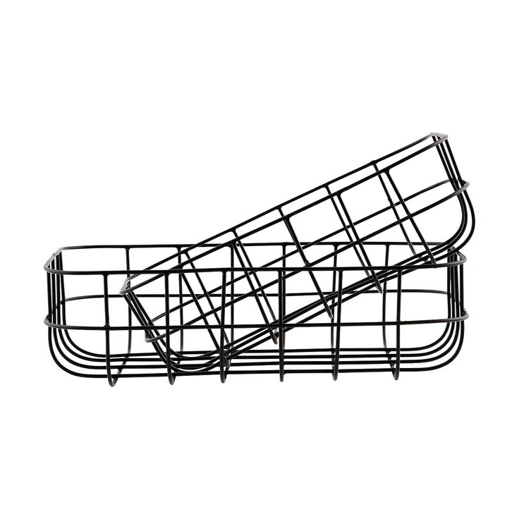 House Doctor Black Wire Basket Set: Set of 2 black wire baskets. Ideal for storage around the house or in the office.