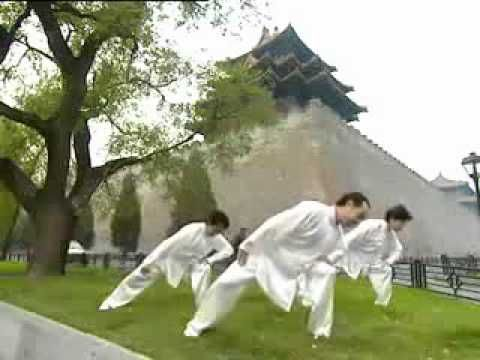8 Silken Brocades Qigong Morning Stretch - The Way of Tai Chi