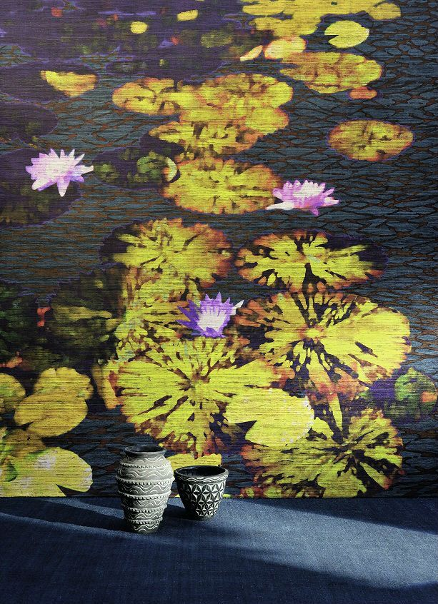Silk is wild here and the colours are bold, Italian-style.  #panoramic #talamone #elitis #wallpaper #allombra