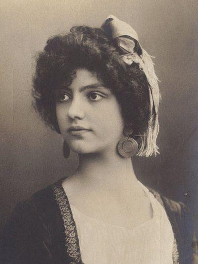 turn of the century portrait  postcard