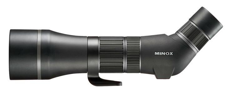 La toute nouvelle longue vue d'observation Minox pour satisfaire les clients les plus exigeants. Les longues-vues d'observation Minox (filiale du groupe Leica) assurent un confort d'observation remarquable. Le résultat est une image exceptionnelle, un système optique très haut de gamme. Quant à  la tenue en main et à la précision, elle est parfaite, avec notamment une échelle de distance sur le réglage de netteté. Dans une qualité sans compromis au niveau de l'optique, de la mécanique de ...
