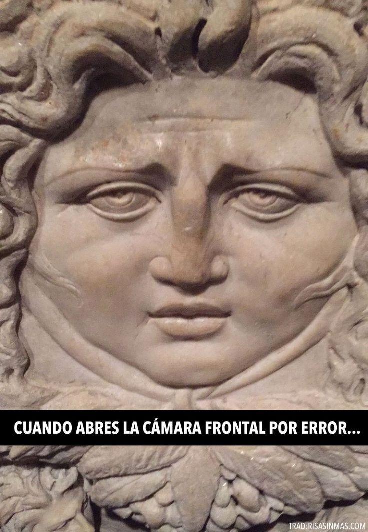 Cuando abres la cámara frontal. #humor #risa #graciosas #chistosas #divertidas