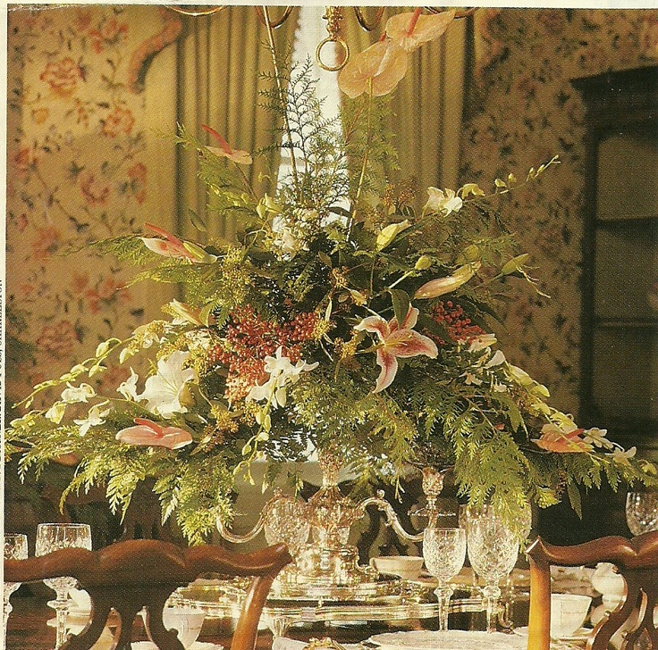 Grand Centerpiece For Formal Dining Room