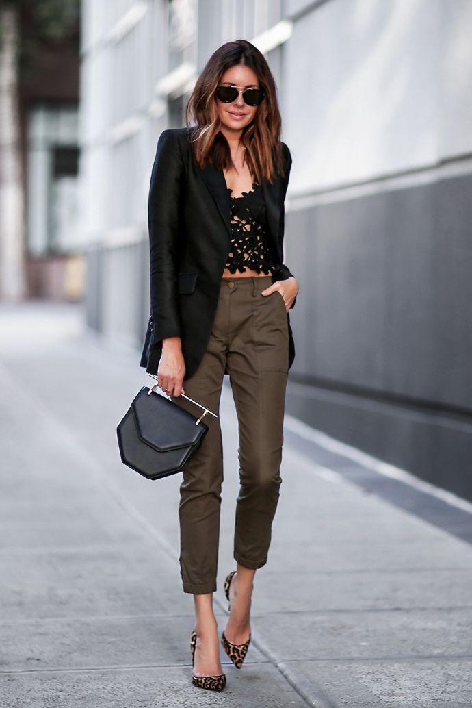 Erica Hoida weet door haar baan als stylist altijd wat hot and happening is en is de meeste vaak zelfs een stapje voor. Bekijk en shop hier haar looks!