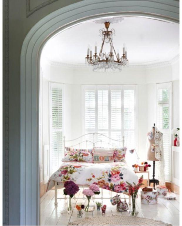 Lights, Guestroom, Guest Room, Dreams Bedrooms, Sweets, Beds Room, Vintage Girls, Bedrooms Decor, Floral