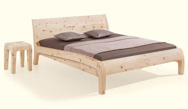 Betten aus Zirbenholz - Zirbenholzbetten.