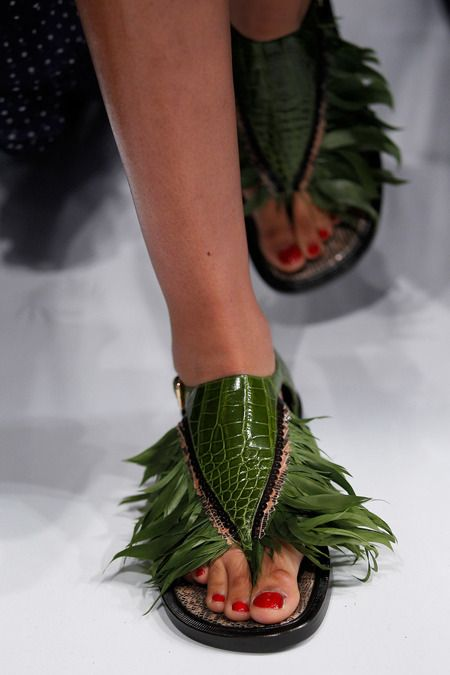 The Oversized Sandal - Spring Couture 2014
