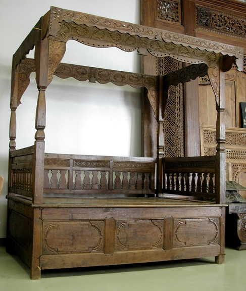 Antique Bed: 1000+ Images About Opium Beds... On Pinterest