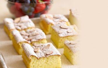 Flourless Almond Cake with Raspberry Sauce | Almond Board of California