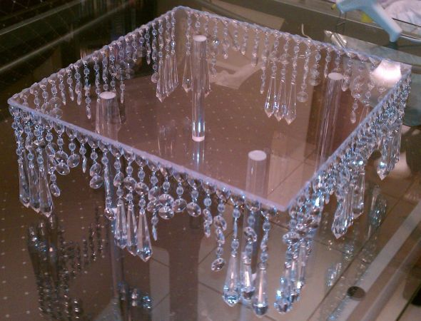 -Hanging Crystal Cake Stand : wedding cake stand clear crystal hanging ...