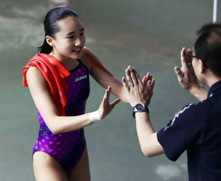 金戸凜「母の技」で飛び込み1位 五輪一家末娘 #飛び込み #スポーツ