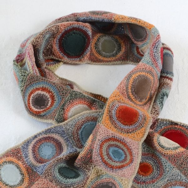 Sophie Digard crochet scarf, I want to learn how to crochet like this, does anyone have a pattern???