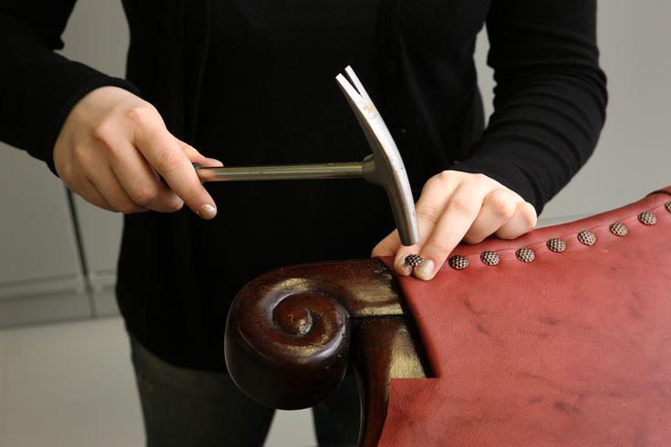 Verhoilutyö edellyttää kädentaitoja, muoto- ja tyylitajua, värisilmää sekä yhteistyökykyä ja yrittämisen halua.