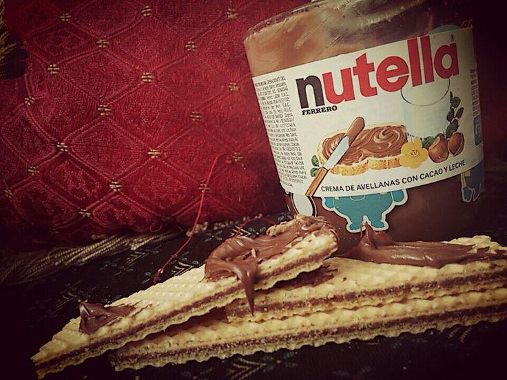 Dulce noche con #NUTELLA  foto tomada por Alejandra Castro