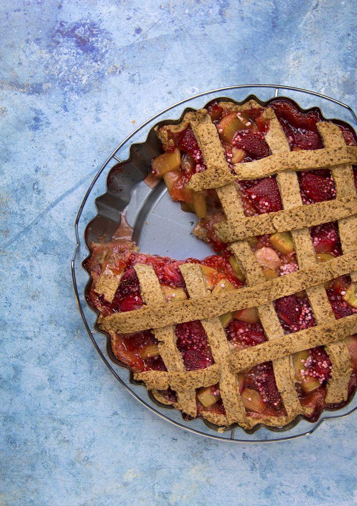 Rebarbarás-epres pite tk lisztből