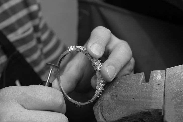 A peep into the workshop, Gergely is applying the finishing touches to an 18carat yellow gold bangle before it is set. When finished it will have an amazing 36 assorted diamonds in varying shades and sizes…