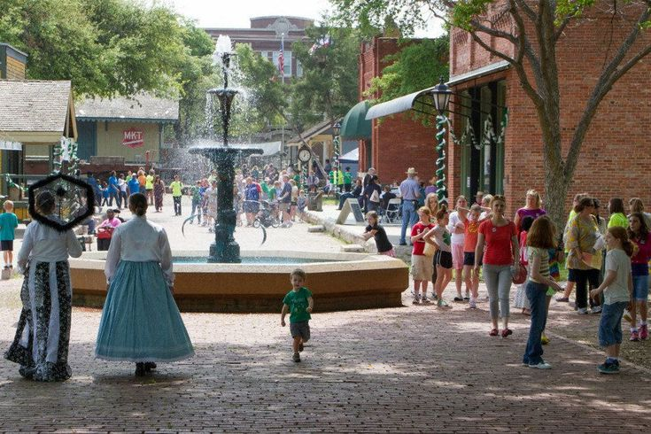 Dallas Heritage Village at Old City Park: Dallas Attractions Review - 10Best Experts and Tourist Reviews